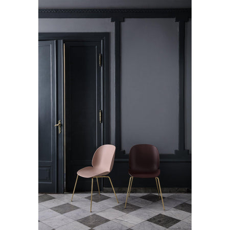 Dining chair Beetle with metal legs, different colors and finishes