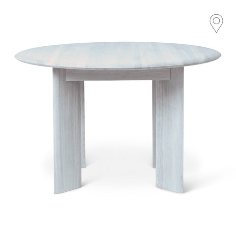 Dining table Bevel, round Ø117cm, oak wood with blue lacquer