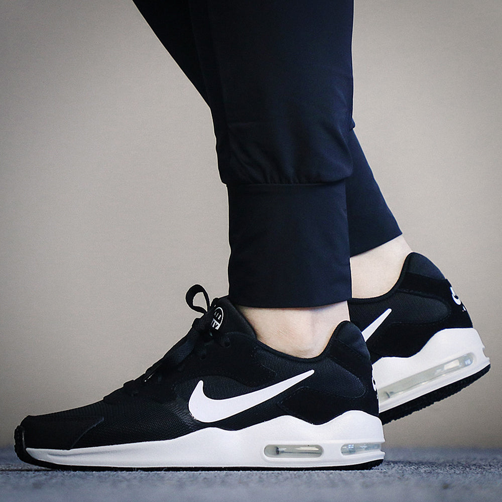 8fd64e0ccd5 Tenis Nike Air Max Guile - 916787003 - Negro - Mujer