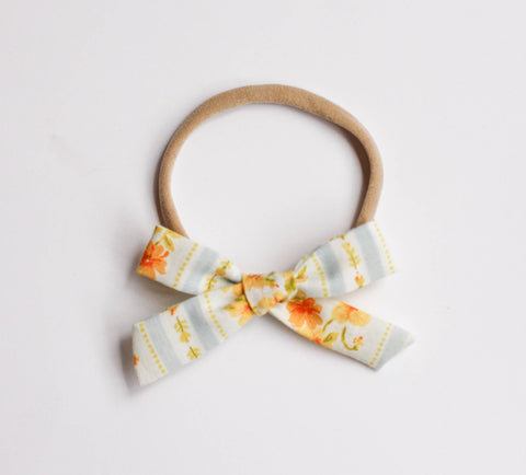 Vintage Yellow Flower Schoolgirl Bow