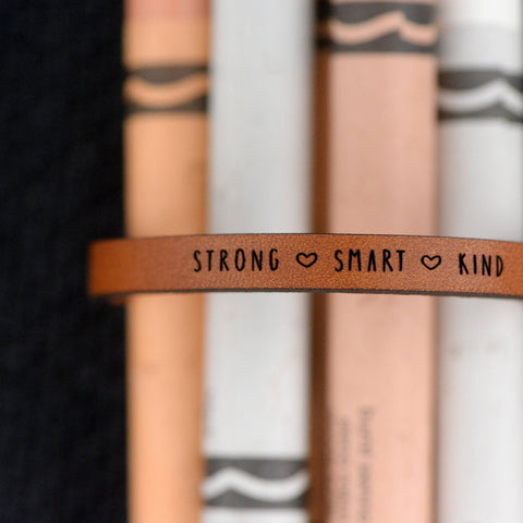 STRONG SMART KIND - Child Pink Pattern Leather Bracelet Jewelry