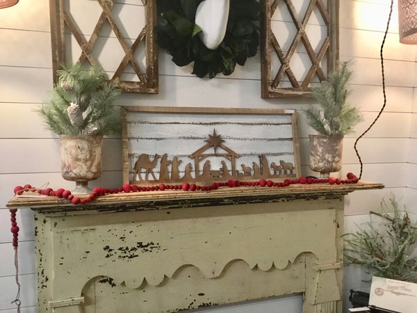 Nativity Shiplap Frame Wall Decor