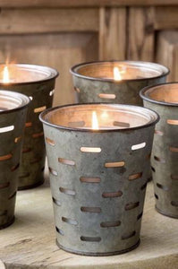 Wild Currant & Thyme Tonic Olive Bucket Candle