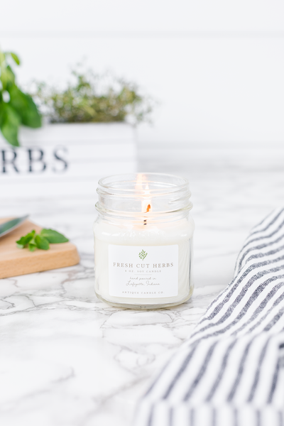 Antique Candle Co. Candle | Fresh Cut Herbs