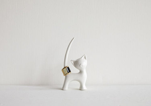 Stoneware Cat Ring Holder