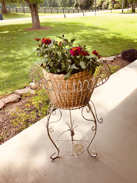 Metal Kacie Porch Planter