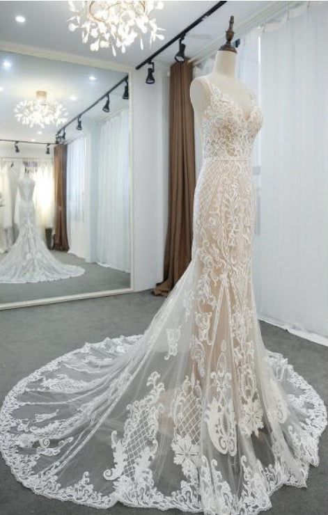 #VNDM108 - Sleeveless wedding gown with embroidery and lace