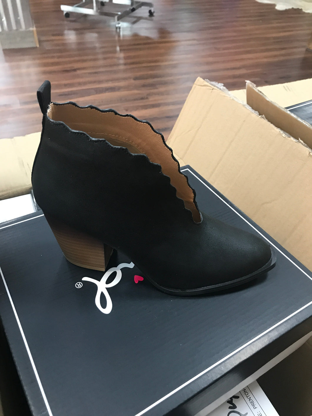 Black Scalloped Qupid Booties