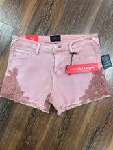 Celebrity Pink lace blush shorts
