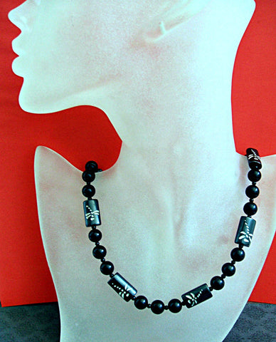 Black and White Asian Necklace