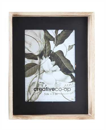 Wood Photo Frame w/Black Matte