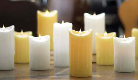 White Simplux Dripping Candle W/ Moving Flame