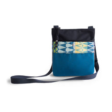 Boatgirl Boat Girl Hip Bag Alfalfa Deep Sea Sunbrella