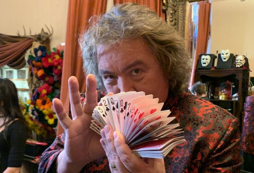 Interview with Card Manipulator & Magician Jeff McBride