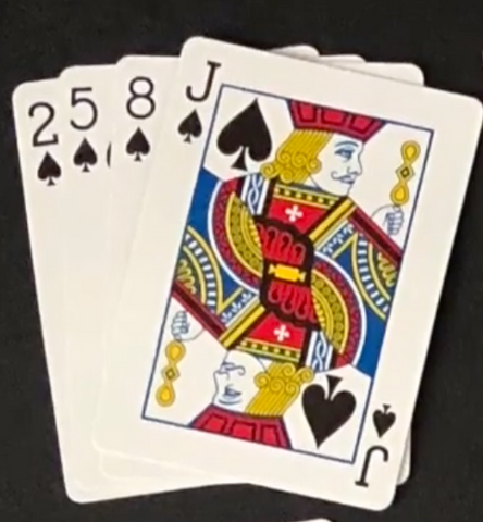 (In Devil's Grip, you must build up piles in a specific sequence. Above is how cards in the first row should be stacked.)