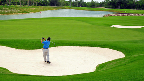 Golfer loving the conditions at Grand Coral Riviera Maya