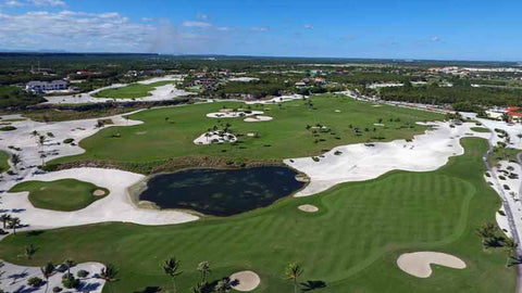 Punta Espada 10th hole with island green