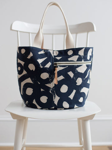Noodlehead: Crescent Tote Bag Sewing Pattern