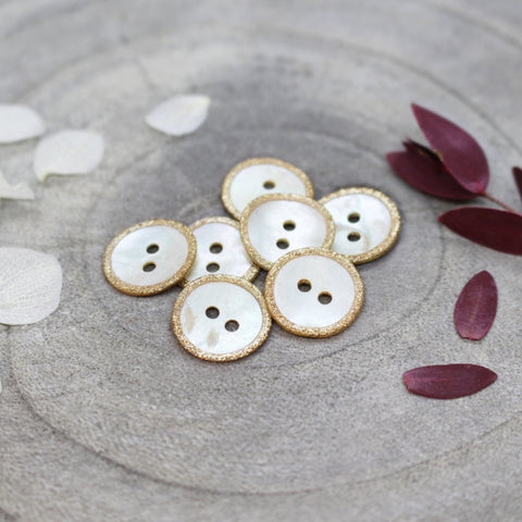 Atelier Brunette Glitz Buttons Off White 14mm