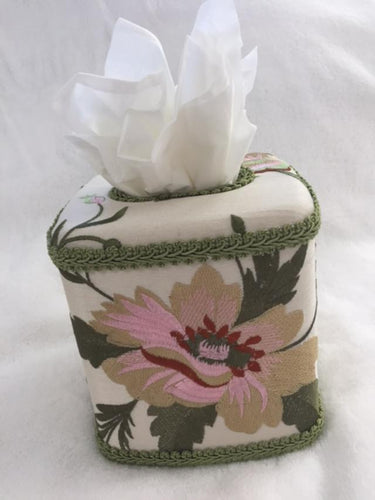 Blooming Tissue Cover
