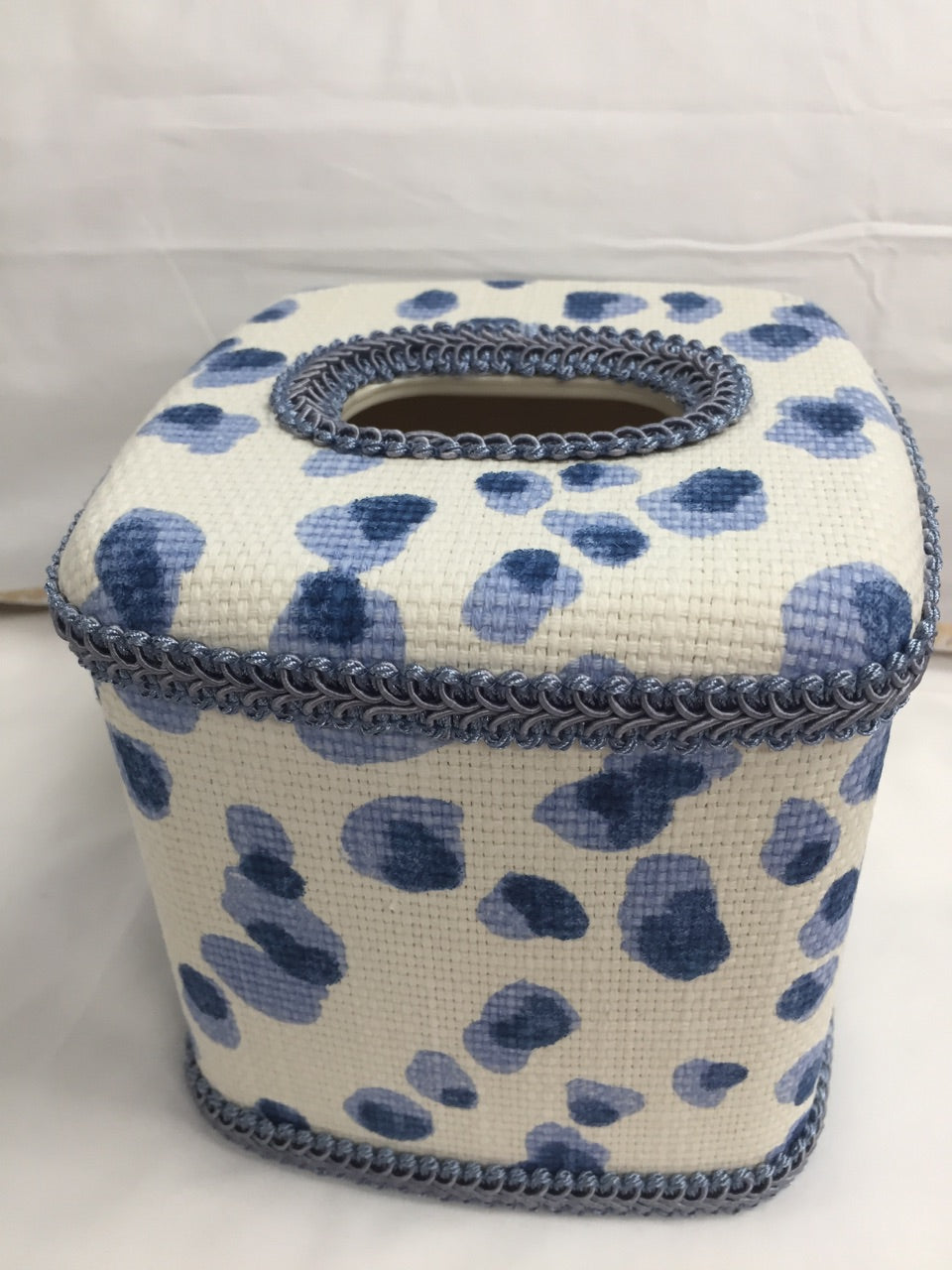 Blue CheetahTissue Cover