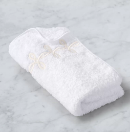 Gordian Knot Guest Towel Cream
