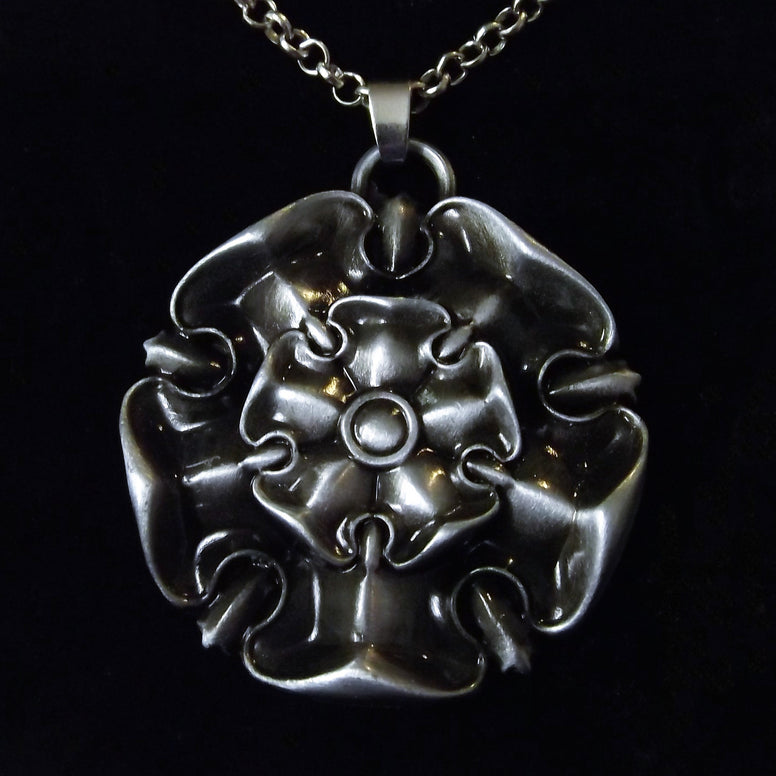 Game Of Thrones House Tyrell Pendant Necklace
