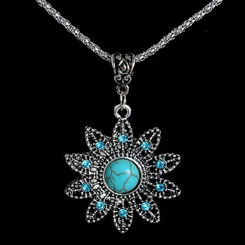 Turquoise Natural Stone Flower Pendant Necklace