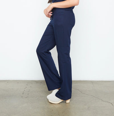 Maverick Pant - Petite (Really Dark Navy) | Fabled offers cute pediatric scrubs, stylish scrub bottoms, and scrubs female surgeon and medical professionals will love!