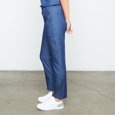 Harley Pant (Neptune Dust) | Fabled offers cute pediatric scrubs, stylish scrub bottoms, and scrubs female surgeon and medical professionals will love!