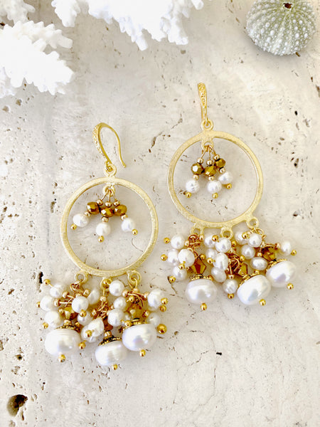 Chandelier Pearl Crystal Gold Dandle Earring