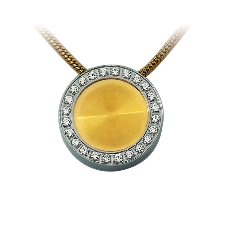Circle Pavé Pendant Necklace