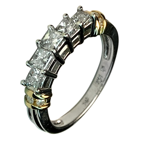14 KT TT GOLD 5 STONES DIAMOND RING - 0.85 CT