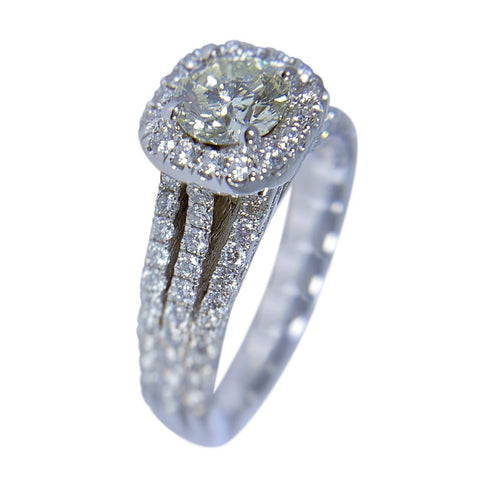 18 KT WHITE GOLD - WOMENS RING - 2.43 CT