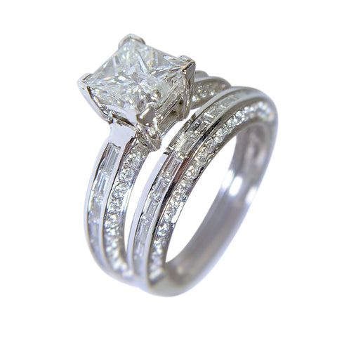 18 WHITE GOLD - ENGAGEMENT RING AND WEDDING BAND SET - 2.85 CT
