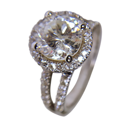 14 KT WHITE GOLD - ROUND DIAMOND RING - 2.99 CT