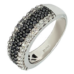 14 KT WHITE GOLD BLACK & WHITE DIAMOND RING - 1.86 CT