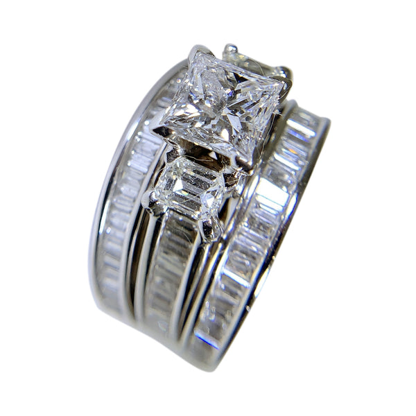 14  WHITE GOLD - DIAMOND ANNIVERSARY WOMENS RING - 6 CT