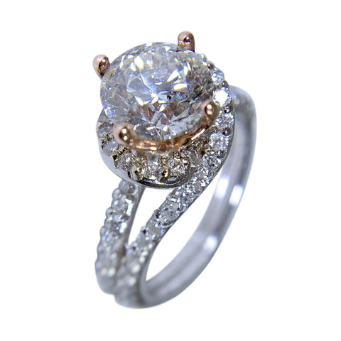 14 KT WHITE GOLD -  KNOT DESIGN DIAMOND RING - 2.67 CT