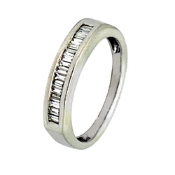 14 KT WHITE GOLD BAGUETTE  DIAMOND WEDDING BAND - 0.80 CT