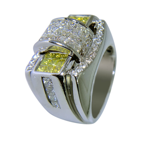 14 KT WHITE GOLD - FABULOUS  YELLOW & WHITE DIAMOND RING - 4.03 CT