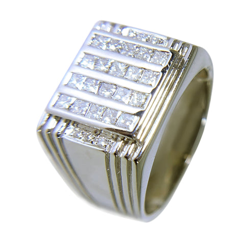 14 KT WHITE GOLD - PRINCESS DIAMONDS PINKY RING - 1.38 CT