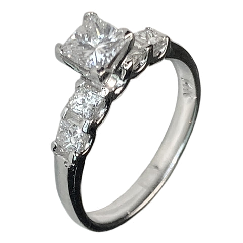 14 KT WHITE GOLD  5 STONES PRINCESS DIAMOND ENGAGEMENT RING - 1.67 CT