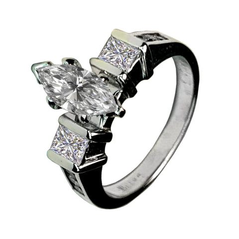 14 KT WHITE GOLD MARQUISE DIAMOND ENGAGEMENT RING - 1.03 CT