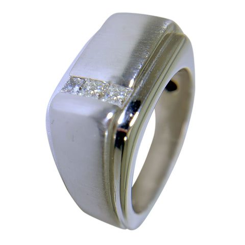14 KT WHITE GOLD - SQUARE DESIGN MENS RING WITH PRINCESS DIAMONDS - 0.30 CT