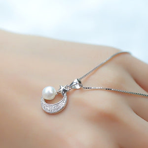 925 Silver CZ Lovely Moon Pendant Necklace Wholesale