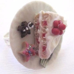 Cranberry Christmas Cake Ring