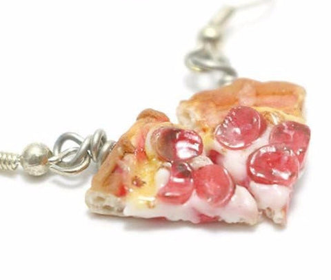 Pepperoni Pizza earrings, Miniature Food Jewelry, Polymer Clay Food Jewelry