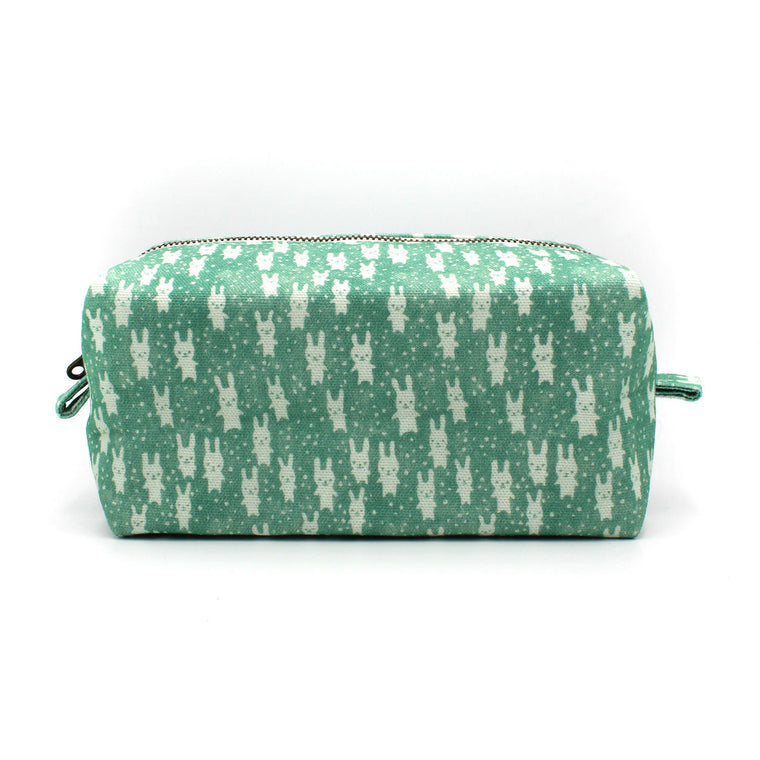 Bunnies Dopp Kit: Teal