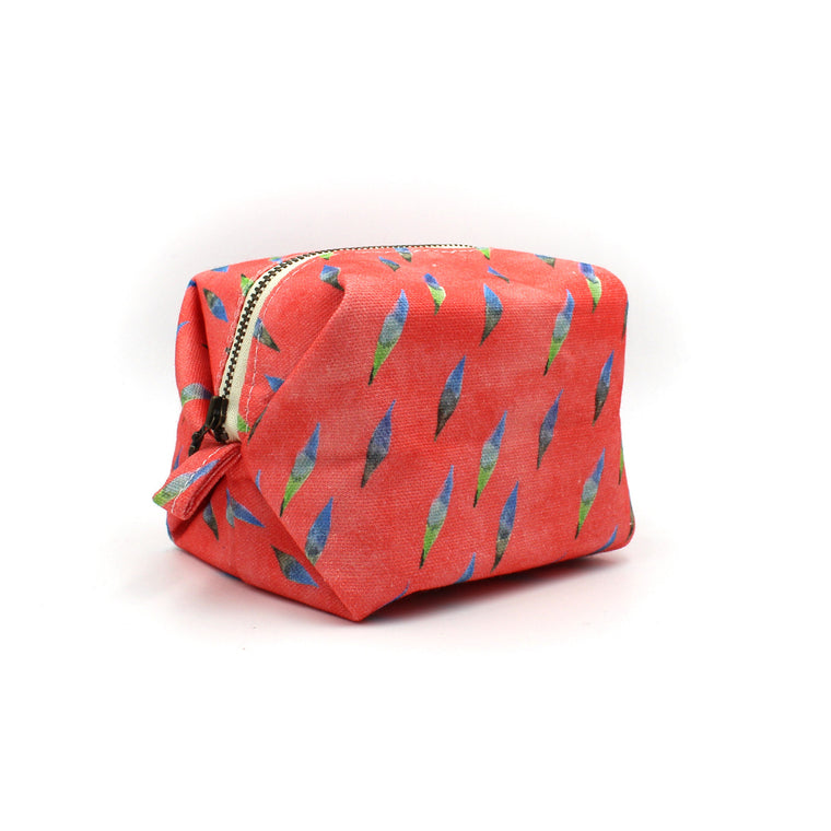 Brushy Tuff Puff Pouch: Coral